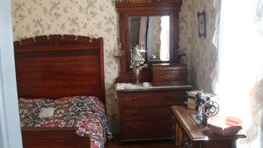 Carpenter bedroom